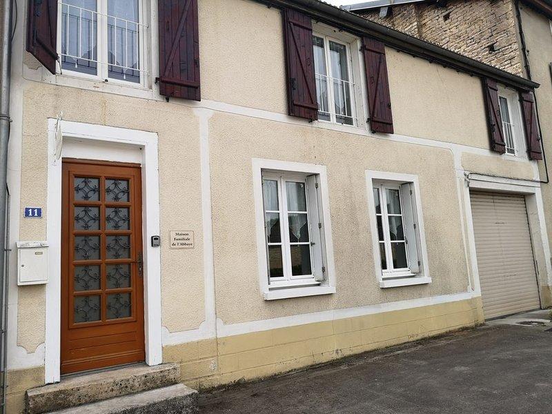 Maison familiale de l'Abbaye, holiday rental in Arc-en-Barrois