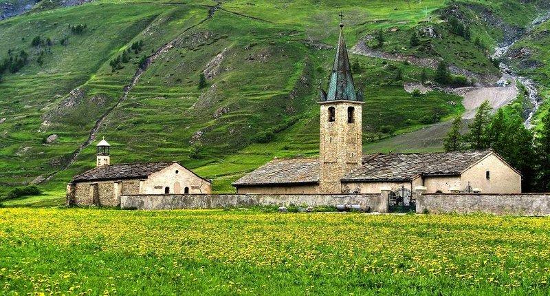 Gîte le Chardon Bleu 6p Bessans Savoie, location de vacances à Ala di Stura