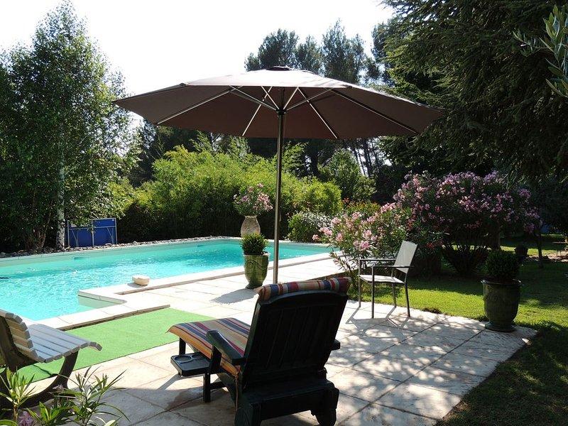 loue maison dans le luberon avec piscine, holiday rental in Puget