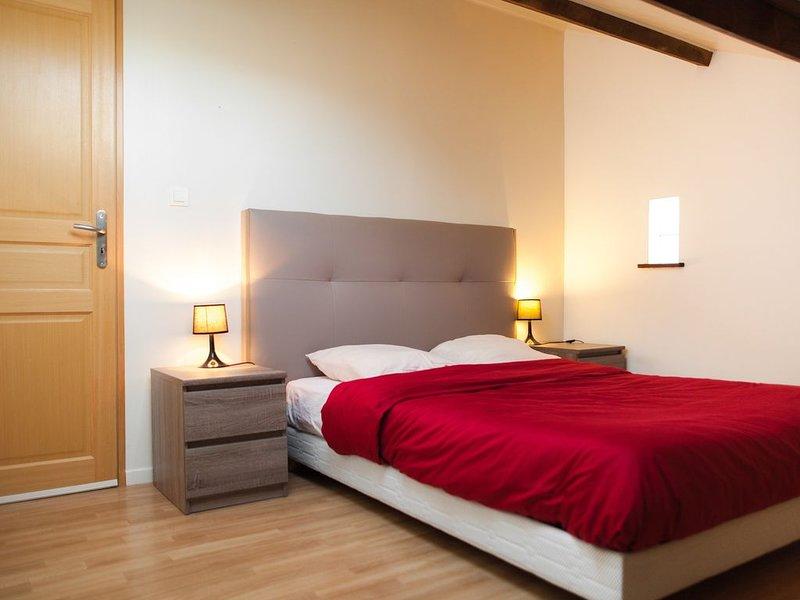 Chambre indépendante chez l'habitant, holiday rental in Pau