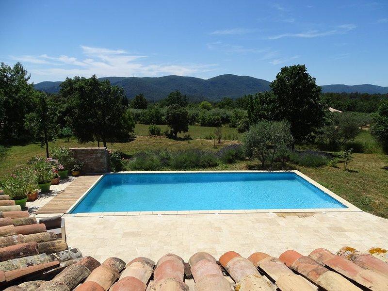 villa écologique à 30 minutes de la mer, holiday rental in Signes