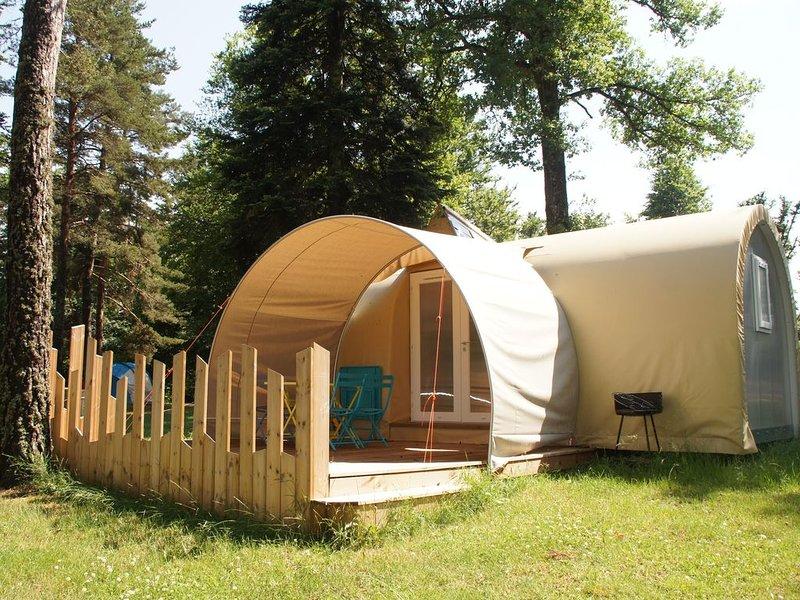 Coco Sweet au camping Les Murmures du Lignon à Tence en Auvergne sans sanitaire, holiday rental in Tence