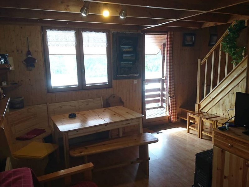CHALET PUYVALADOR (tres belle vue), holiday rental in Fontrabiouse