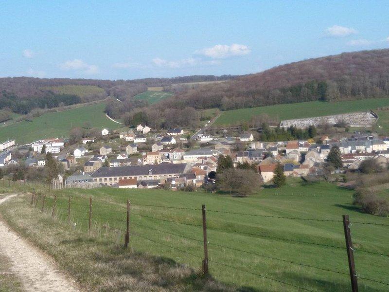 Vue de Raucourt et Flaba