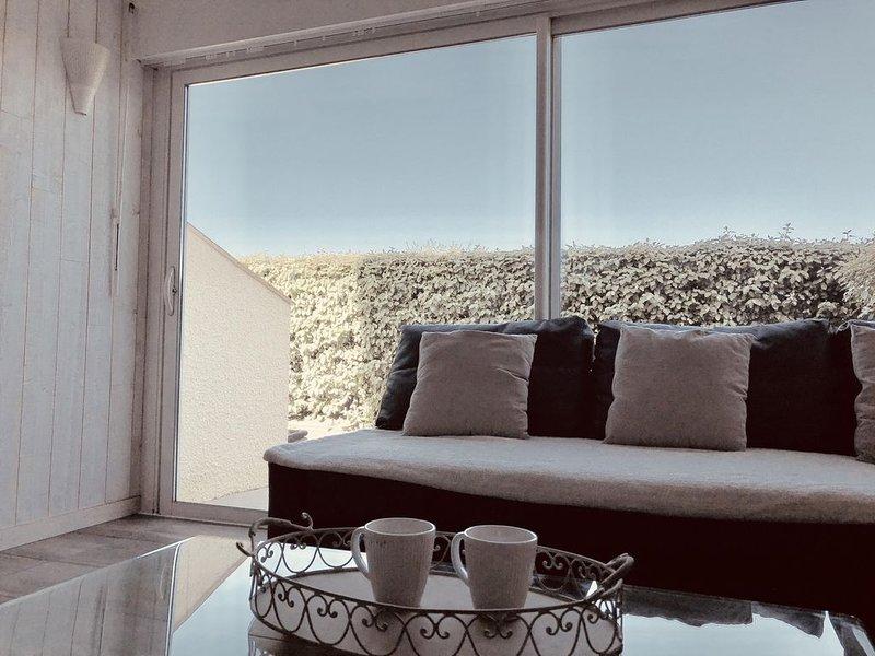 Charmant T3 duplex, 6 pers, plage 200m, terrasse ensoleillée, parking, casa vacanza a Landes