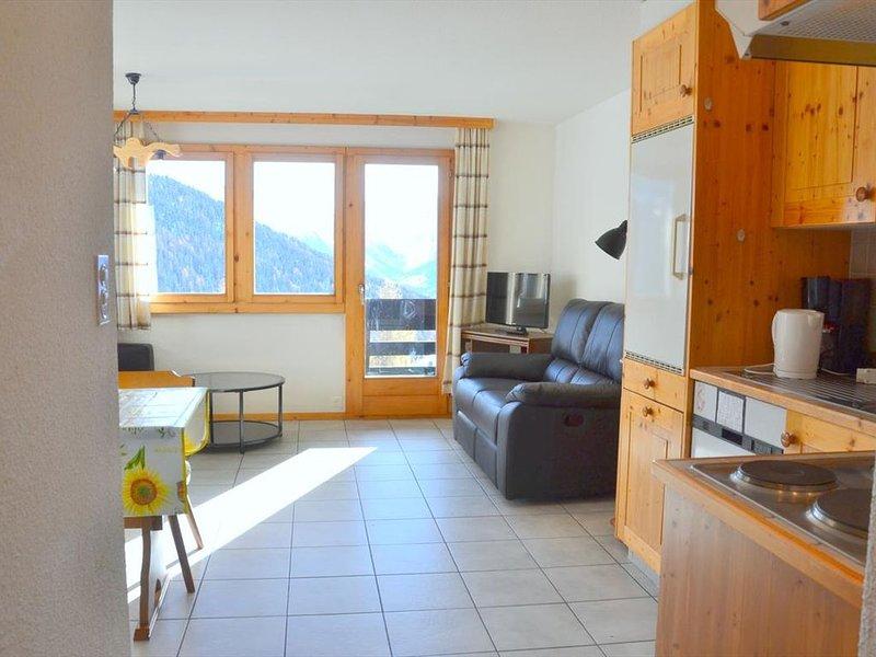 Extérieur: appartement 3-pièces dans un petit immeuble à Chandolin, pour 4-5 per, aluguéis de temporada em Oberems