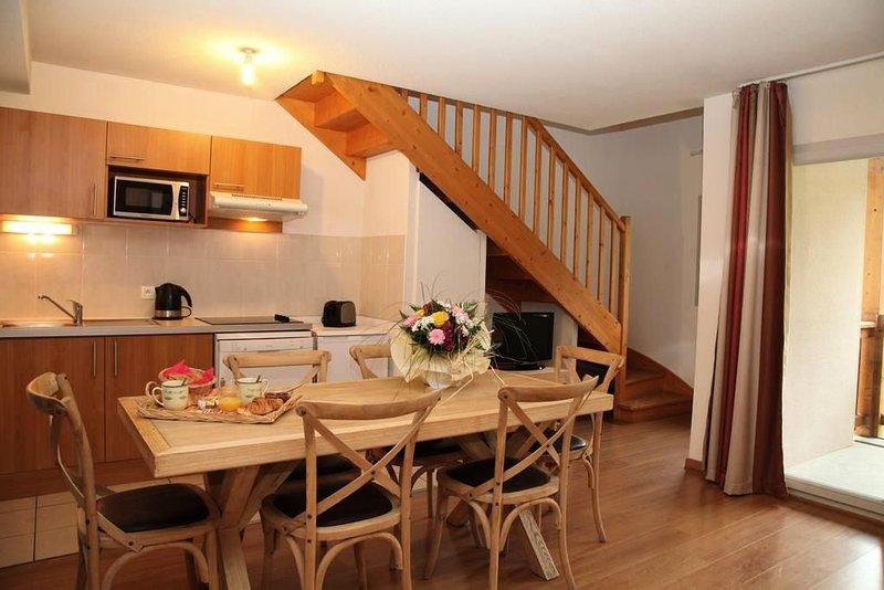 Résidence Le Domaine du Val de Roland*** - 3 Pièces Duplex 6/8 Personnes, holiday rental in Esquieze-Sere
