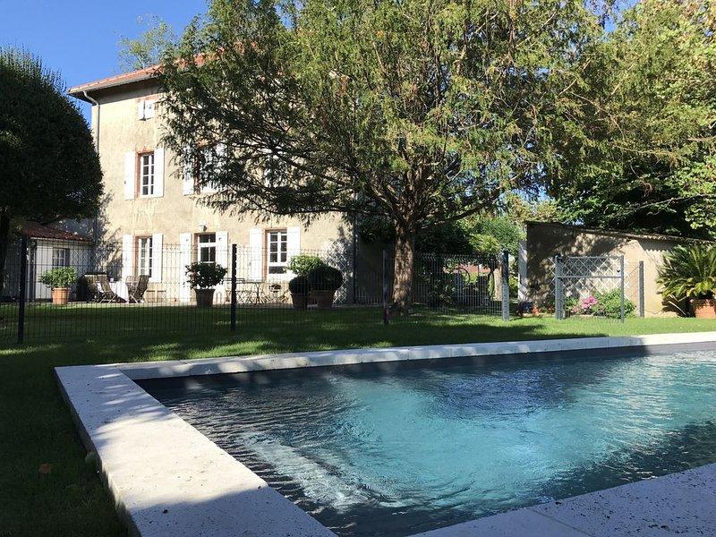 Maison de Maître entre Toulouse et Albi, holiday rental in Verfeil
