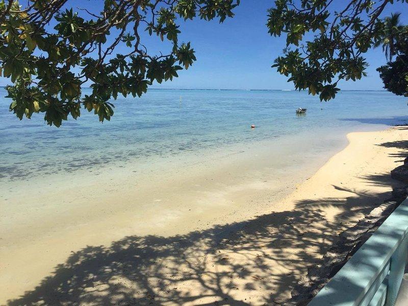 Maison en bord de lagon à Moorea, île soeur de Tahiti, location de vacances à Archipel de la Société
