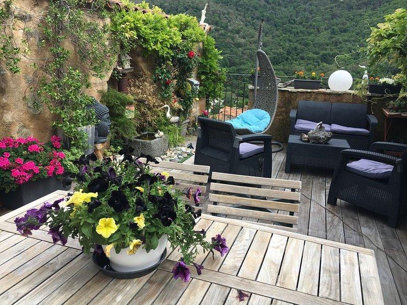 Gite CHEZ MARCO  A CAPPELINA avec terrasse de 40m² dans bâtiment du XV Siècle, location de vacances à Zilia
