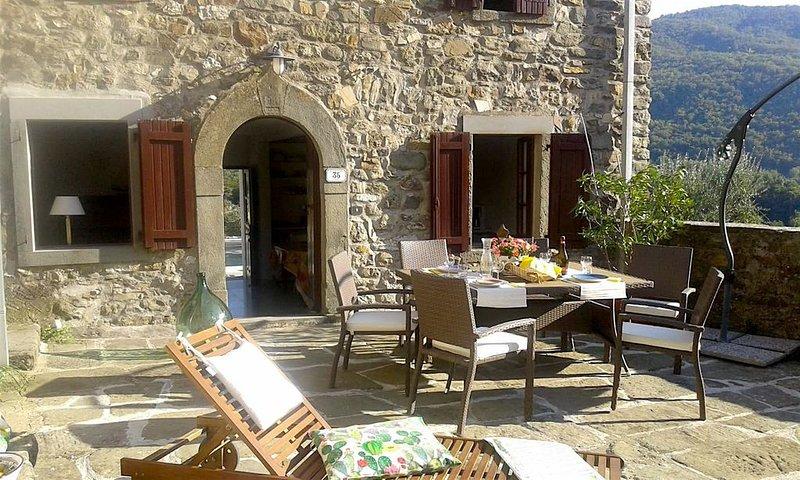 Maison de charme, dolce vita avec piscine, nature -  4 pers (poss 6 pers), alquiler vacacional en Moncigoli