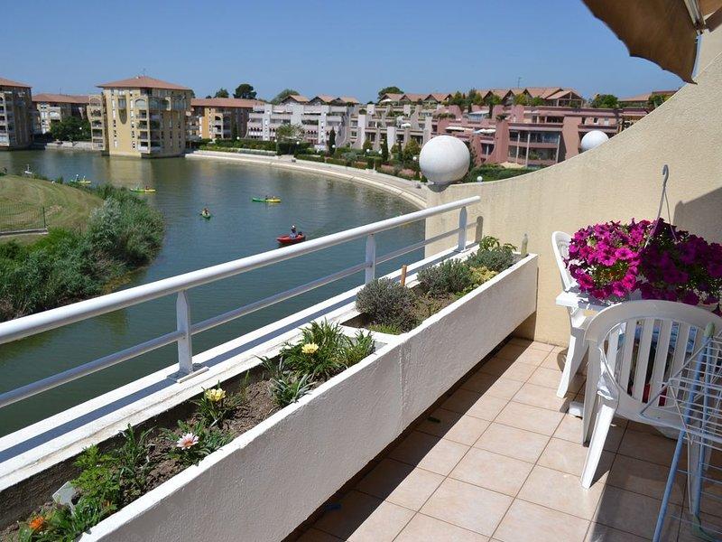 Logement classé 3étoiles sur lac sans vis a vis. Repos absolu.Tout confort., holiday rental in Montpellier