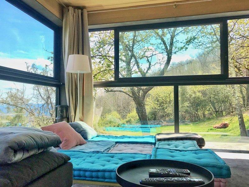 Maison de charme en Ardèche, holiday rental in Burzet