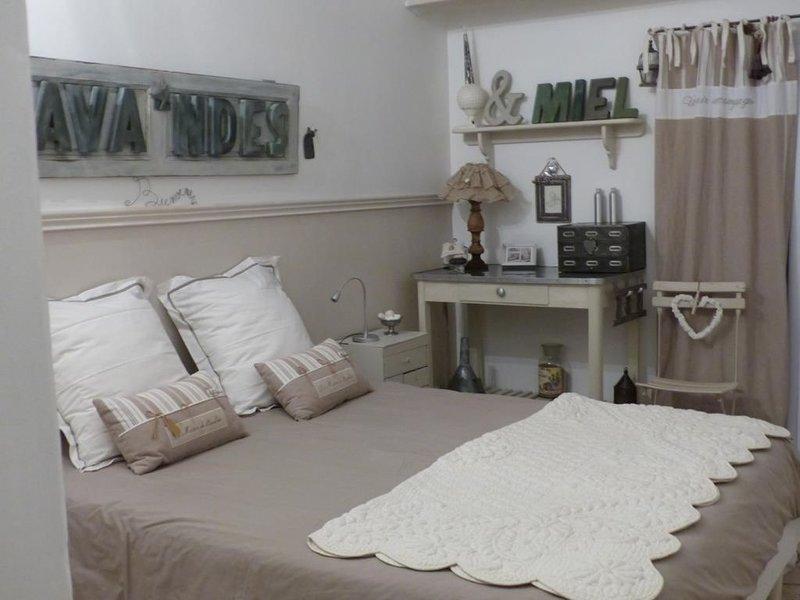 Suite Lavande et Miel, holiday rental in Puimichel