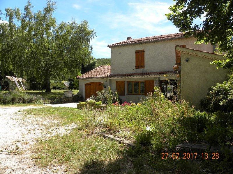 DOMAINE DE PRE ROND PROVENCE ALPES COTE D AZUR, holiday rental in Lus La Croix Haute