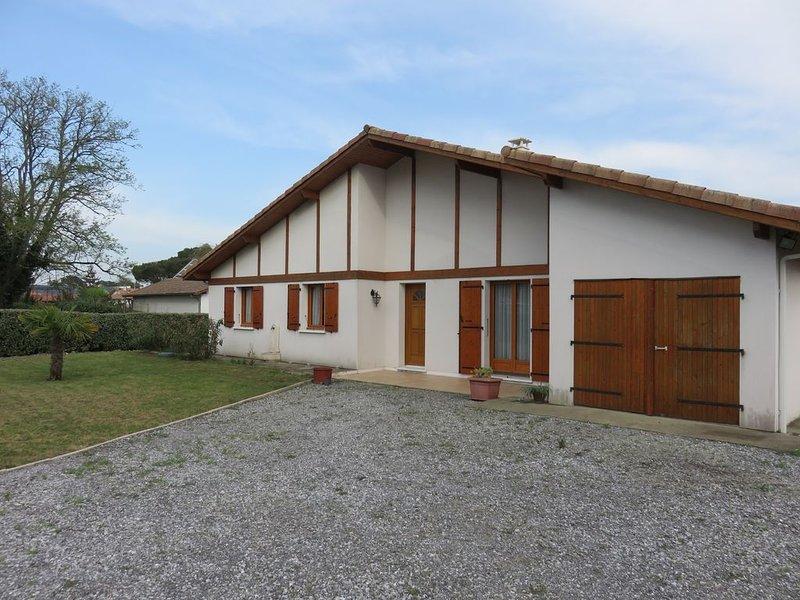BELLE MAISON LANDAISE, holiday rental in Saint-Paul-en-Born