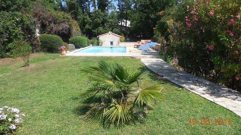 'Le Lavandin' : Mas Montauroux (Provence-Côte d'Azur), piscine privée. Wifi, location de vacances à Montauroux