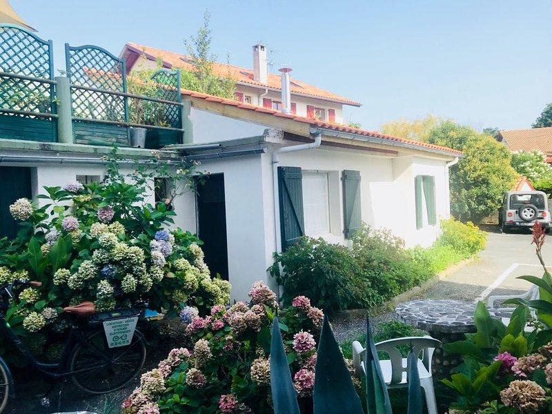 Jolie maisonnette refait à neuf / Guéthary centre, alquiler vacacional en Guéthary (Getaria)