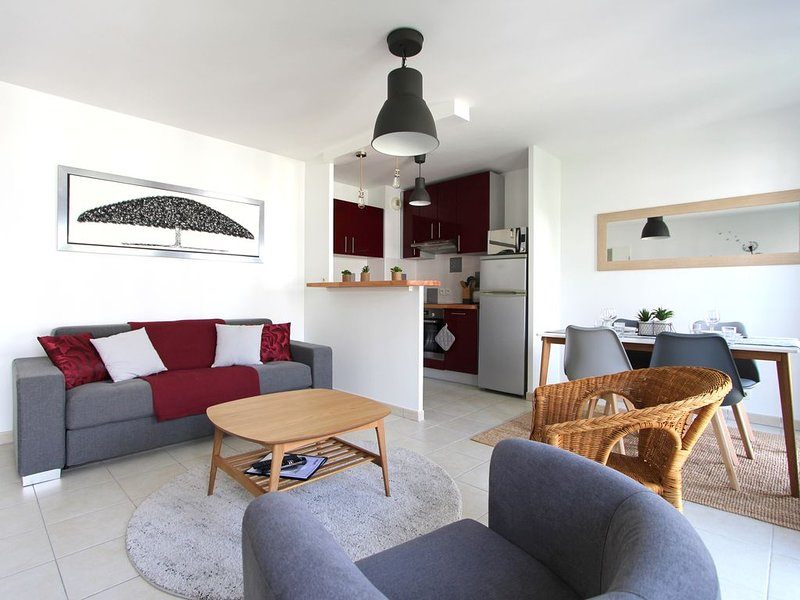 Charmant appartement Disneyland Val d'Europe, vacation rental in Serris