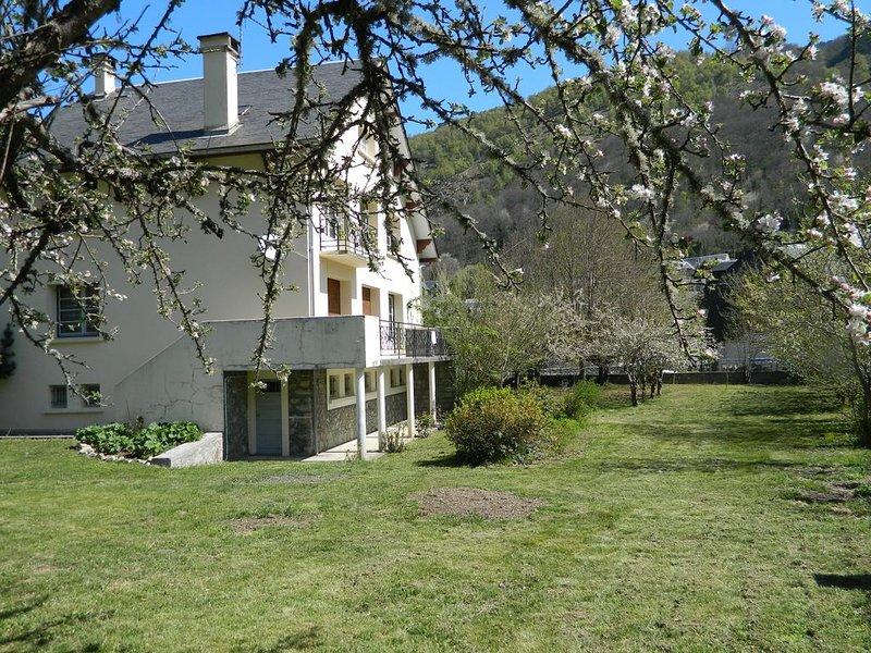 maison independante à BORDERES LOURON, holiday rental in Gouaux