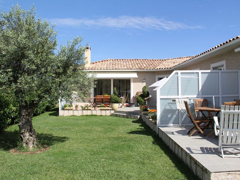 Tres joli t2 a Torricella proche de st Florent en haute corse, holiday rental in Oletta