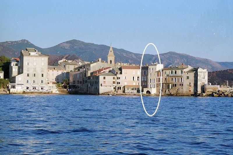 Maison de Charme en Corse, à St. Florent pour 8 personnes, location de vacances à Casta