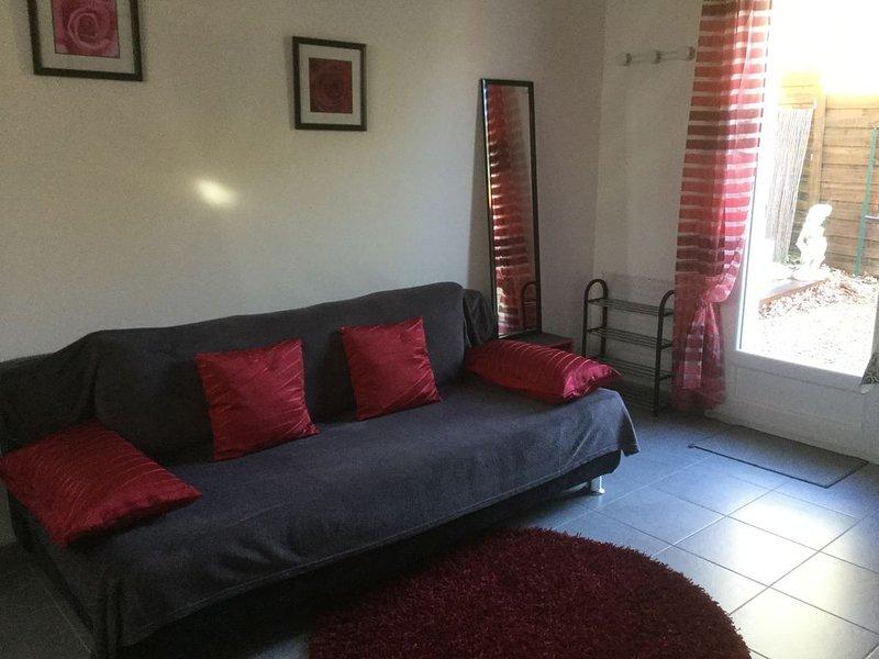 STUDIO 33 m2 new, comfortable, at peace, alquiler vacacional en Montfuron