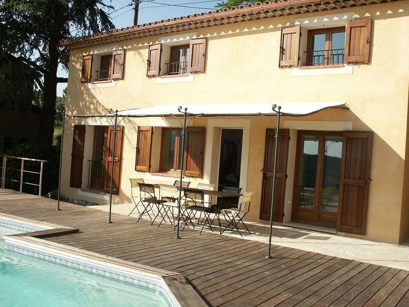 Villa BELLEVUE idéale pour une escapade provençale, vacation rental in Fayence
