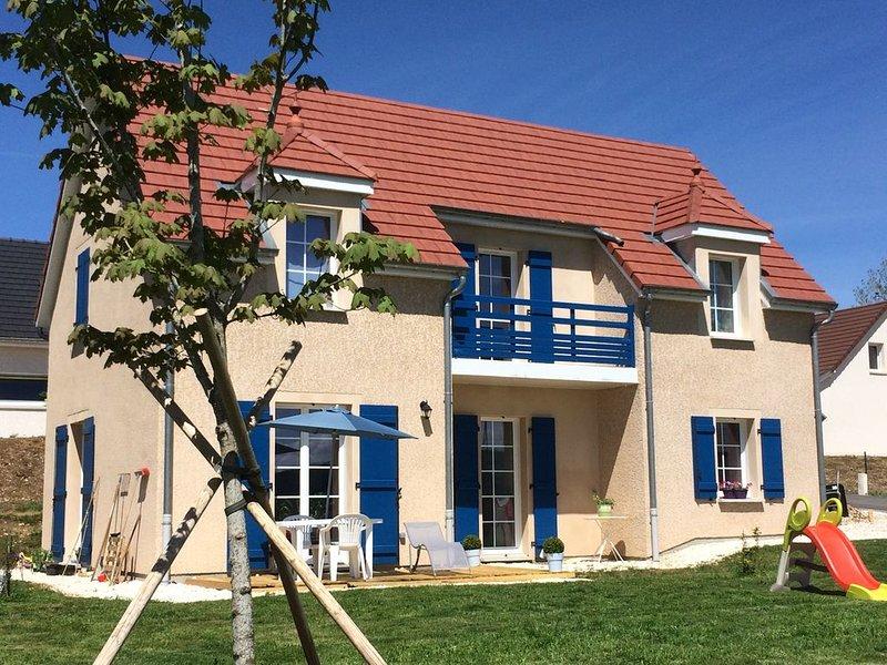 Maison de caractère  récente au calme avec belle vue et grand jardin., holiday rental in Sancey-le-Grand