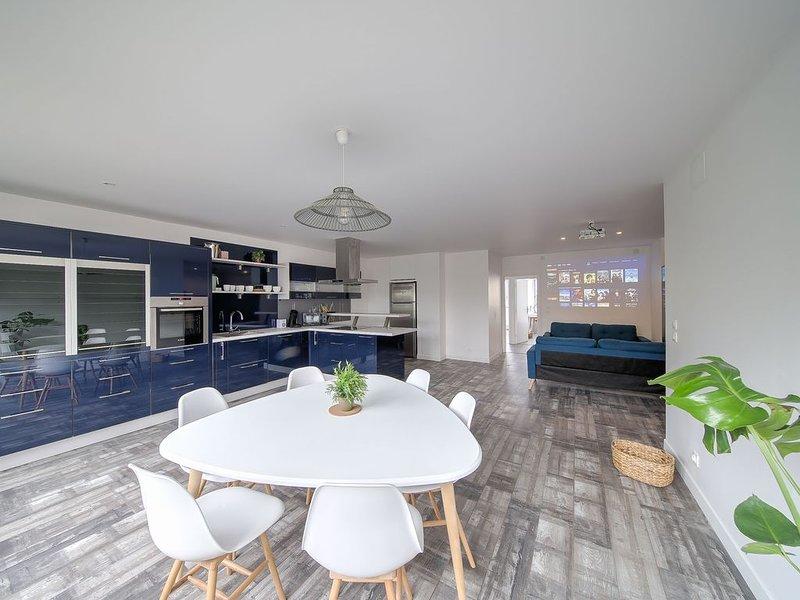 Chambre dans Coloc' de 125 m2 NANCY/ VANDOEUVRE, Ferienwohnung in Vandoeuvre-les-Nancy