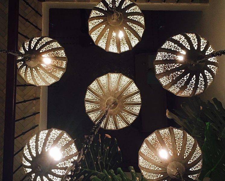 Magnifique riad au coeur de la medina de Tanger, holiday rental in Tangier