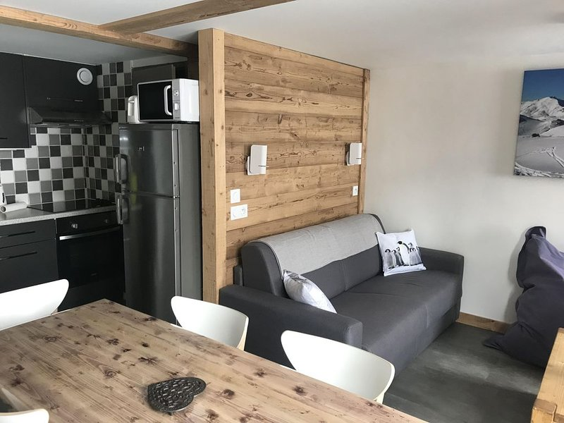 Appartement duplex 8 personnes, holiday rental in Les Menuires