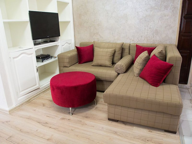 Spacious 6beds Apart near of everything in Tangier, holiday rental in Tangier