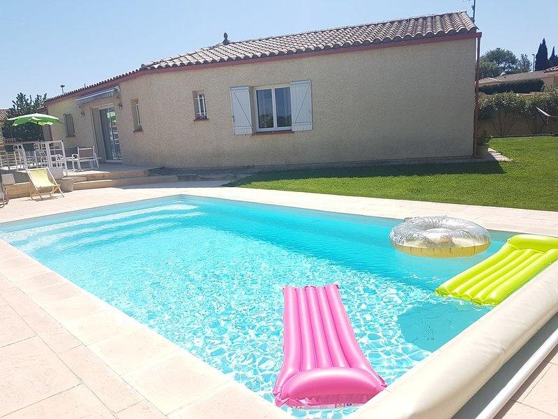 belle villa avec piscine à Carcassonne, vacation rental in Pennautier