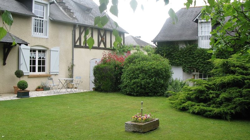 Studio touristique les Mûres, holiday rental in Tarbes