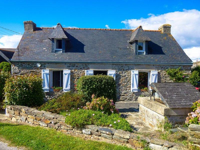 Maison en pierre, entre plage et village, location de vacances à Plogonnec