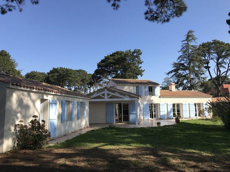 Villa familiale pour 12 personnes (6 chambres) à Pornic, vacation rental in Pornic