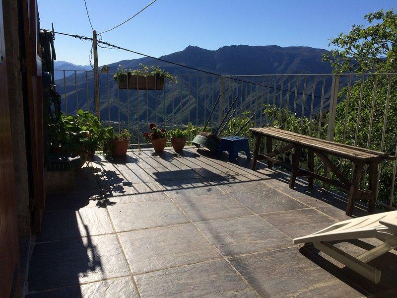 jolie maison de village entre mer et montagne au calme et dans la fraicheur, location de vacances à Castello-di-Rostino