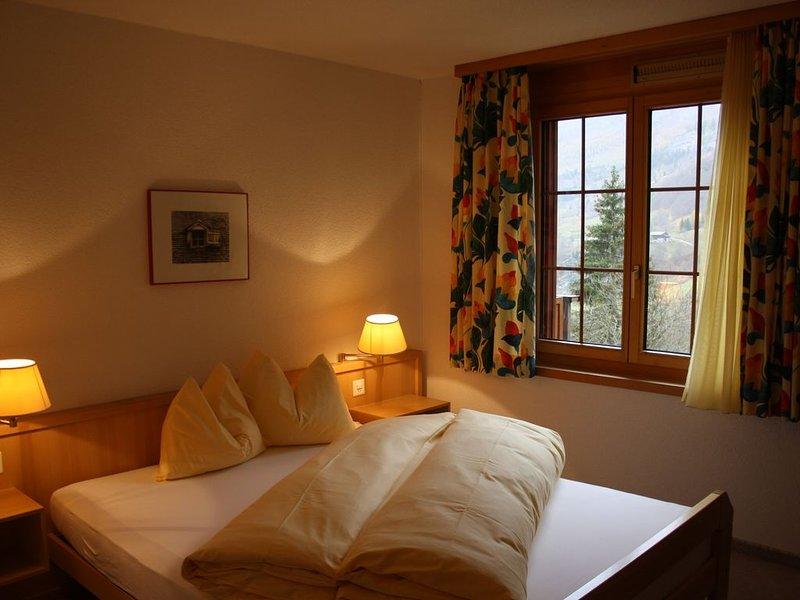 Penthouse romantique à Loèche-les-Bains, holiday rental in Albinen