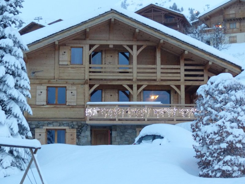 Chalet 5 * gîte de charme Haute Savoie pieds des pistes avec sauna, jacuzzi, location de vacances à Le Petit-Bornand-les-Glières