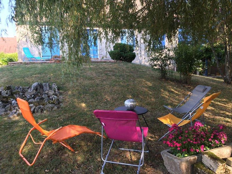 Le Bleu de B.  Gîte & Maison de Vacances, holiday rental in Saint-Martin-en-Bresse