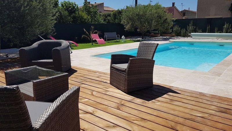 Jolie Villa 8 pers avec piscine privée chauffée - entre mer et Gorges du Verdon, location de vacances à Gonfaron