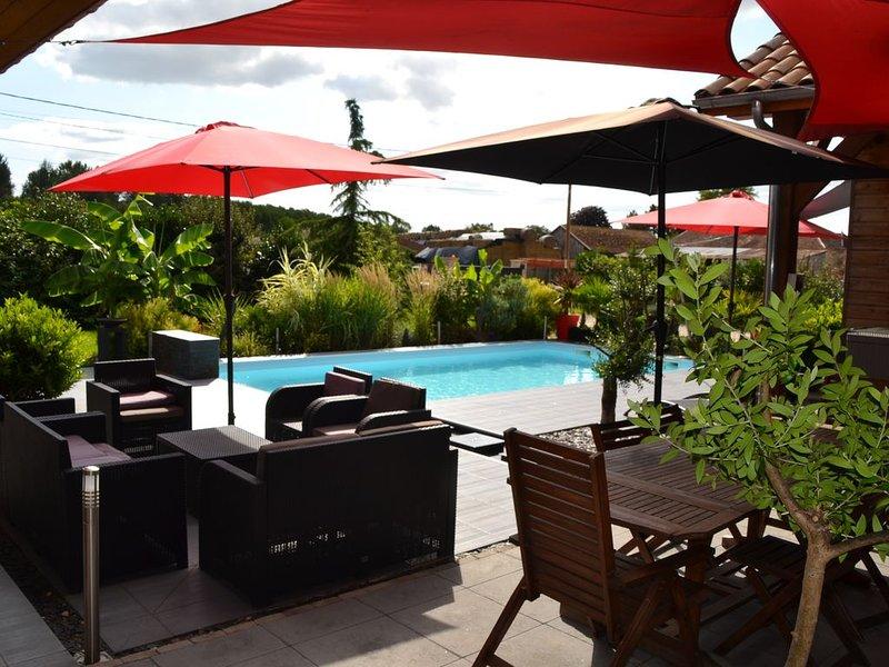 Maison vacances avec piscine proche lacs de la Forêt d'Orient Champagne, casa vacanza a Chavanges
