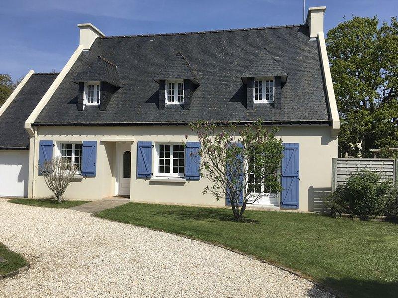 Villa 300m plage des sables blancs a Concarneau - Wi fi , jardin clos, holiday rental in Concarneau