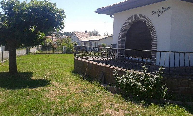 Maison de 110 m2 avec jardin de 1200m2, location de vacances à Labenne