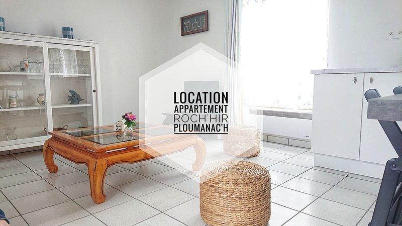 Joli duplex à 200 m de la plage, holiday rental in Ploumanac'h