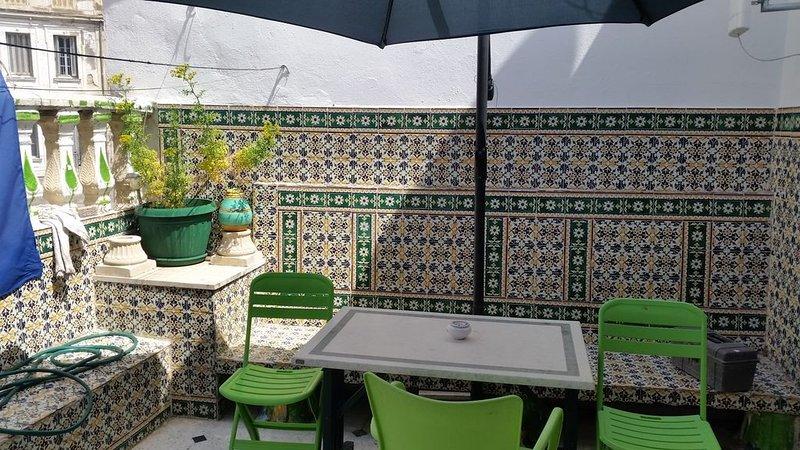 jolie chambre privé meublé climatisée, holiday rental in La Marsa