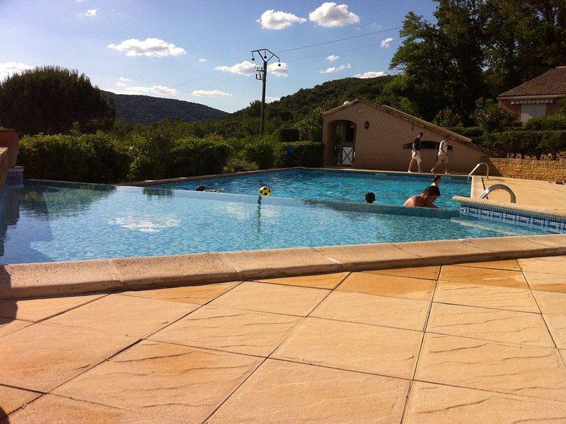Location de vacances à l'entrée des Gorges de l'Ardèche, vacation rental in St Just d'Ardeche