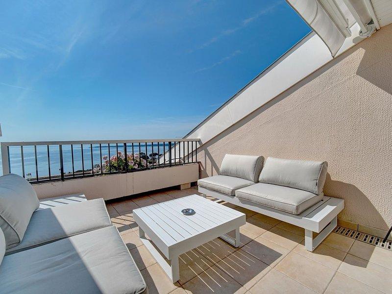 IMMOGROOM - Piscines & Tennis -Vue mer Panoramique - terrasse CLIM -CONGRES, holiday rental in Vallauris