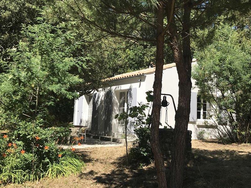 Maison au calme avec accès à la plage en 3 minutes à pied par la forêt, vakantiewoning in Saint-Georges d'Oléron